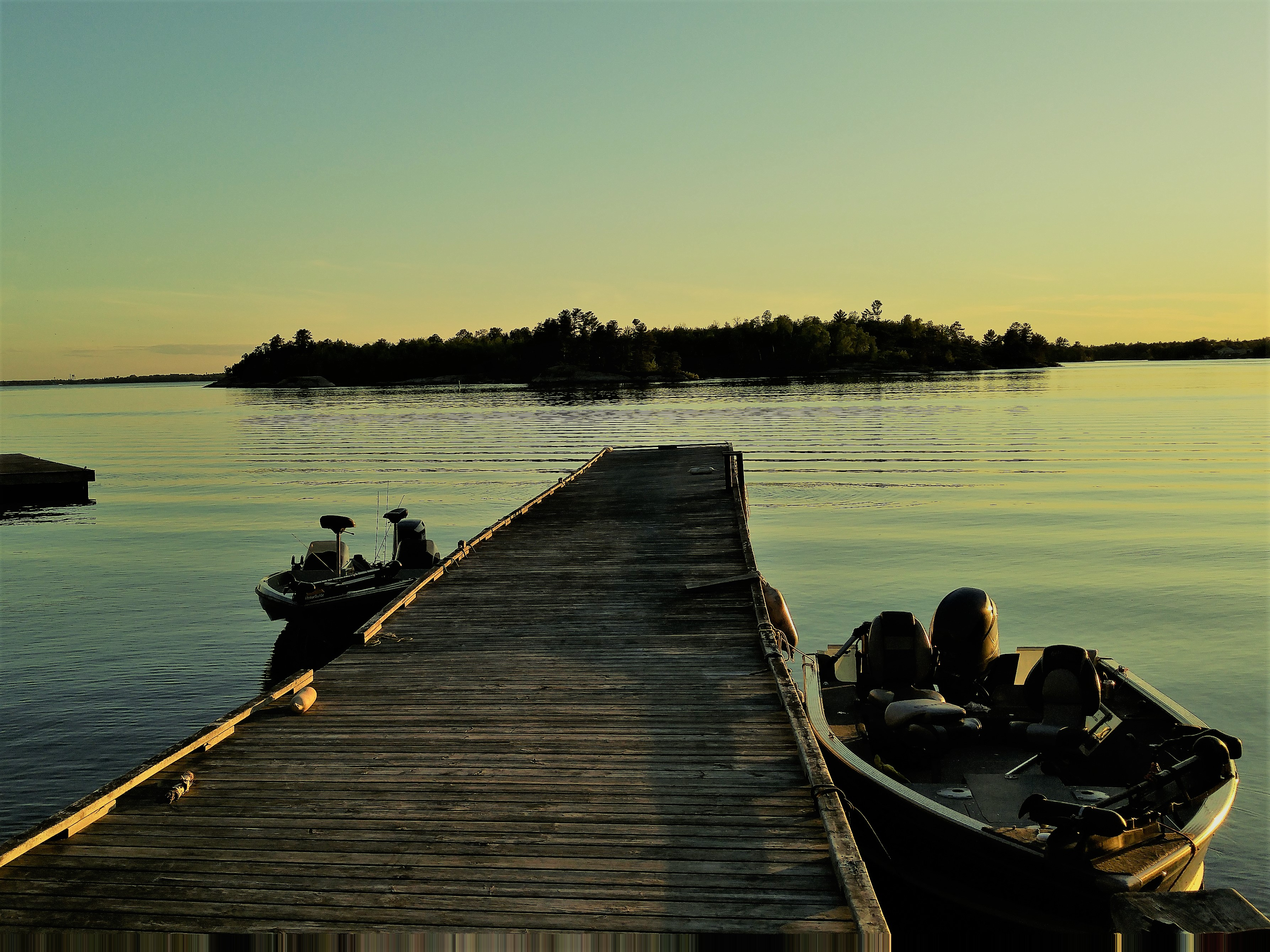The dock simply beckons to every fisherman that visits here, to grab your rod, cast a lure, and enjoy the wild nature of this place that offers visitors so much wonderful food and woodsy comfort.