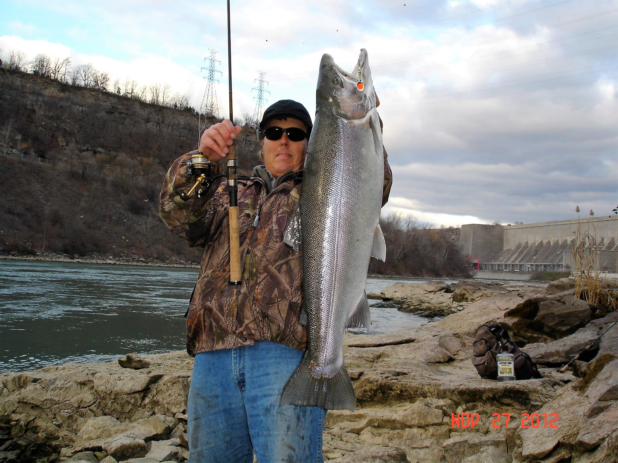 Niagara falls usa fishing forecast for nov 30 2017 for Lower niagara river fishing report