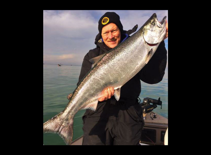 Lending a Hand to Lake Ontario King Salmon Study