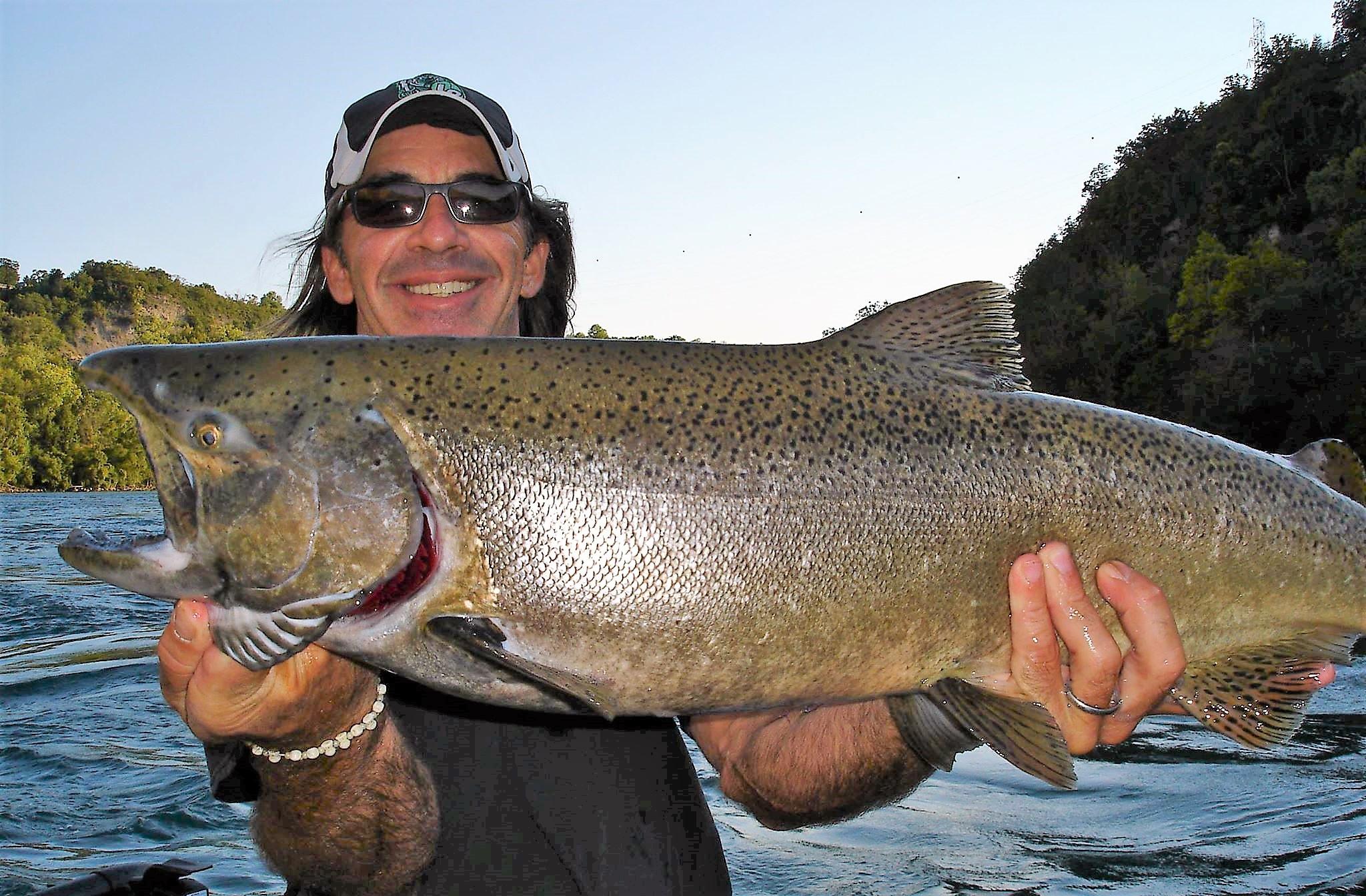 KING SALMON on the Bite! Niagara Falls USA Fishing Forecast, Wednesday, Sept. 26, 2018: from Destination Niagara USA