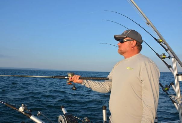How to Fish for Lake Erie Walleye from Dunkirk...Troll to find 'em, then Turn Around!