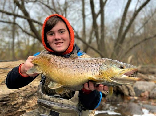 Lower Niagara River trout fishing with Flies and Heavy Sinking Fly Line, a Winner!
