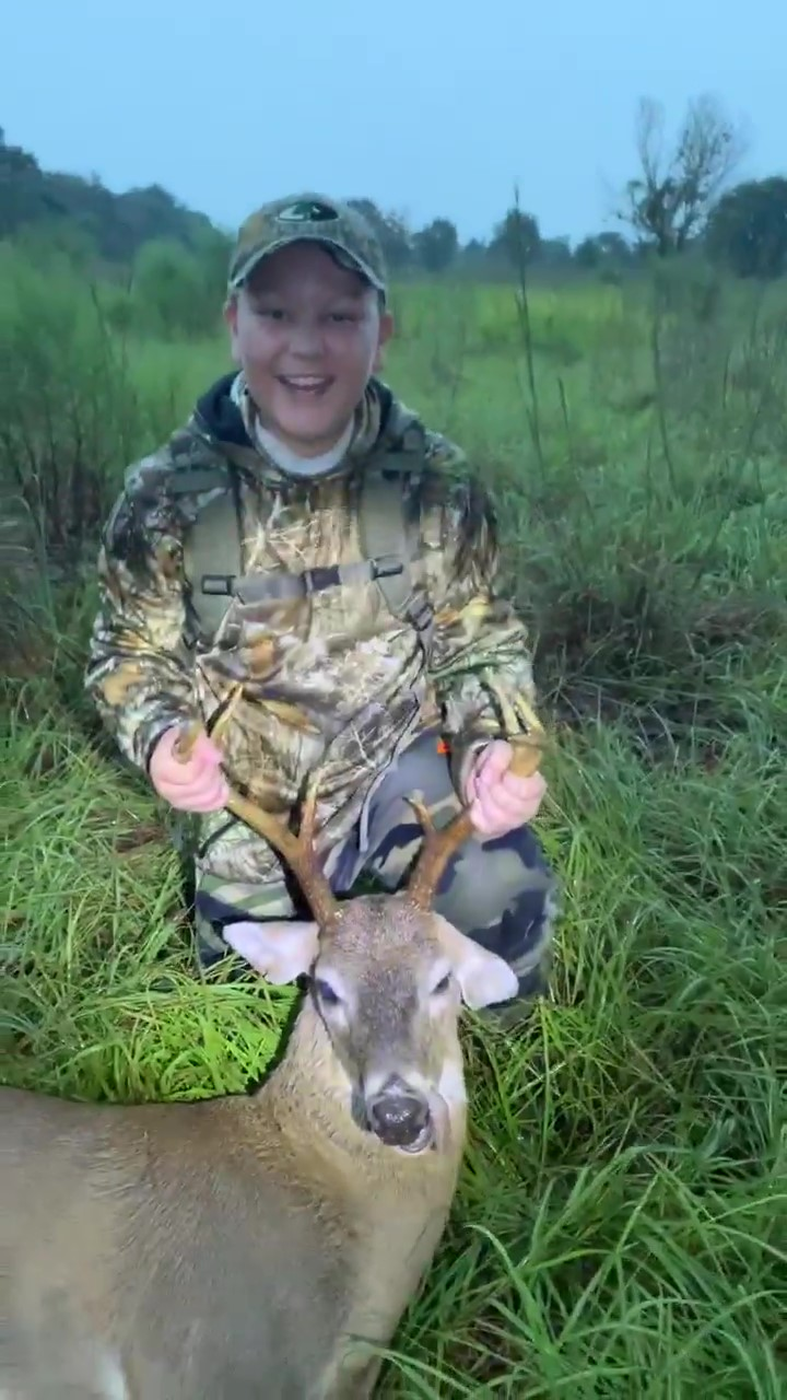 Florida Youth Hunting – First Deer for Kingston, 11-years old