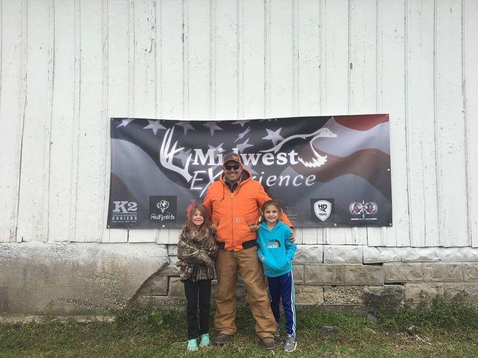 """""""Midwest Experience"""" helps first responders, vets enjoy outdoors"""